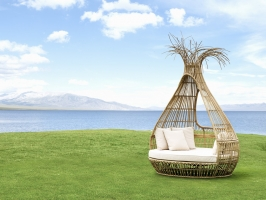 Relax Wicker Bamboo Bongo Daybed